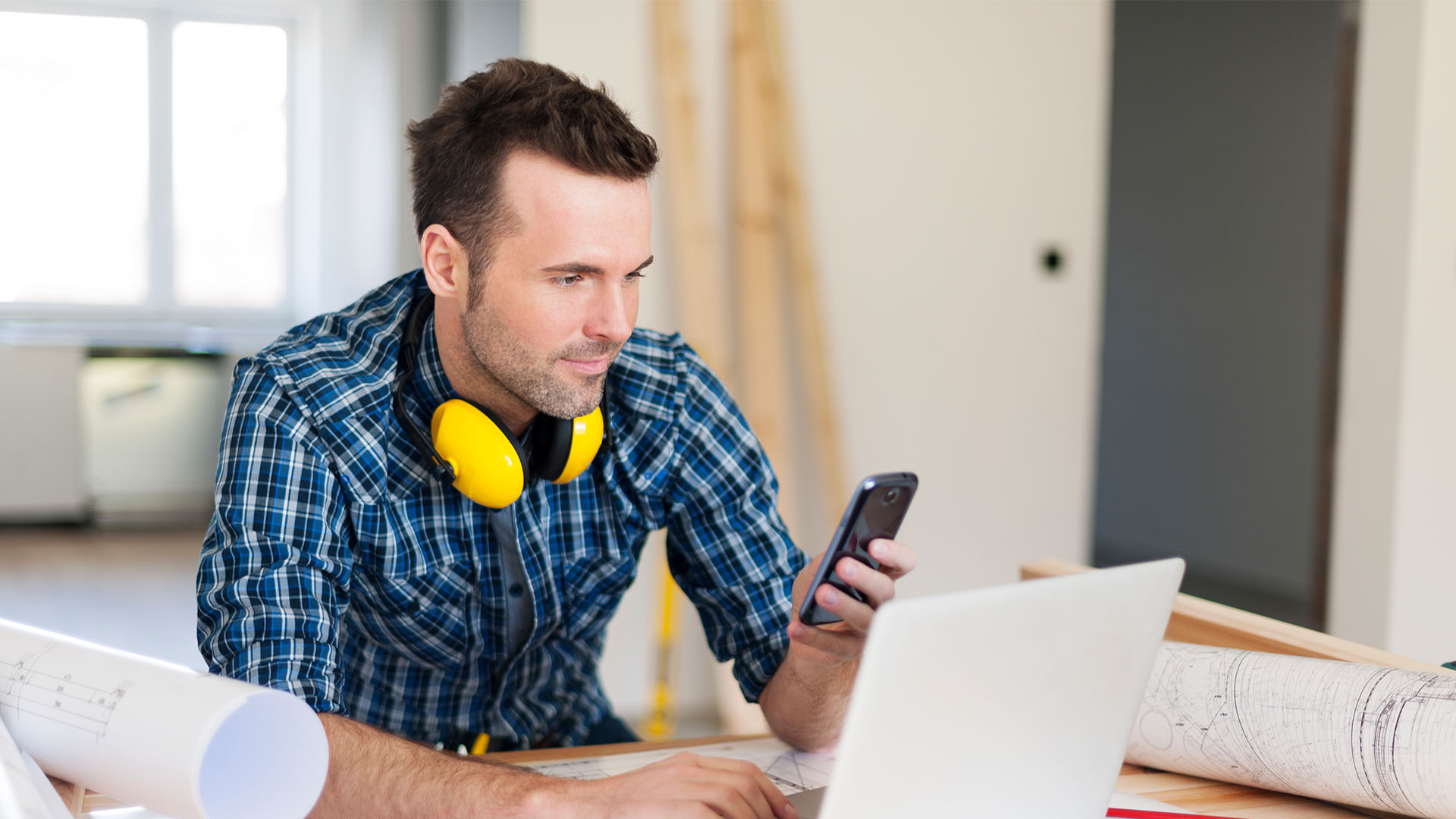 The 4 Unexpected Benefits of an Answering Service for Contractors