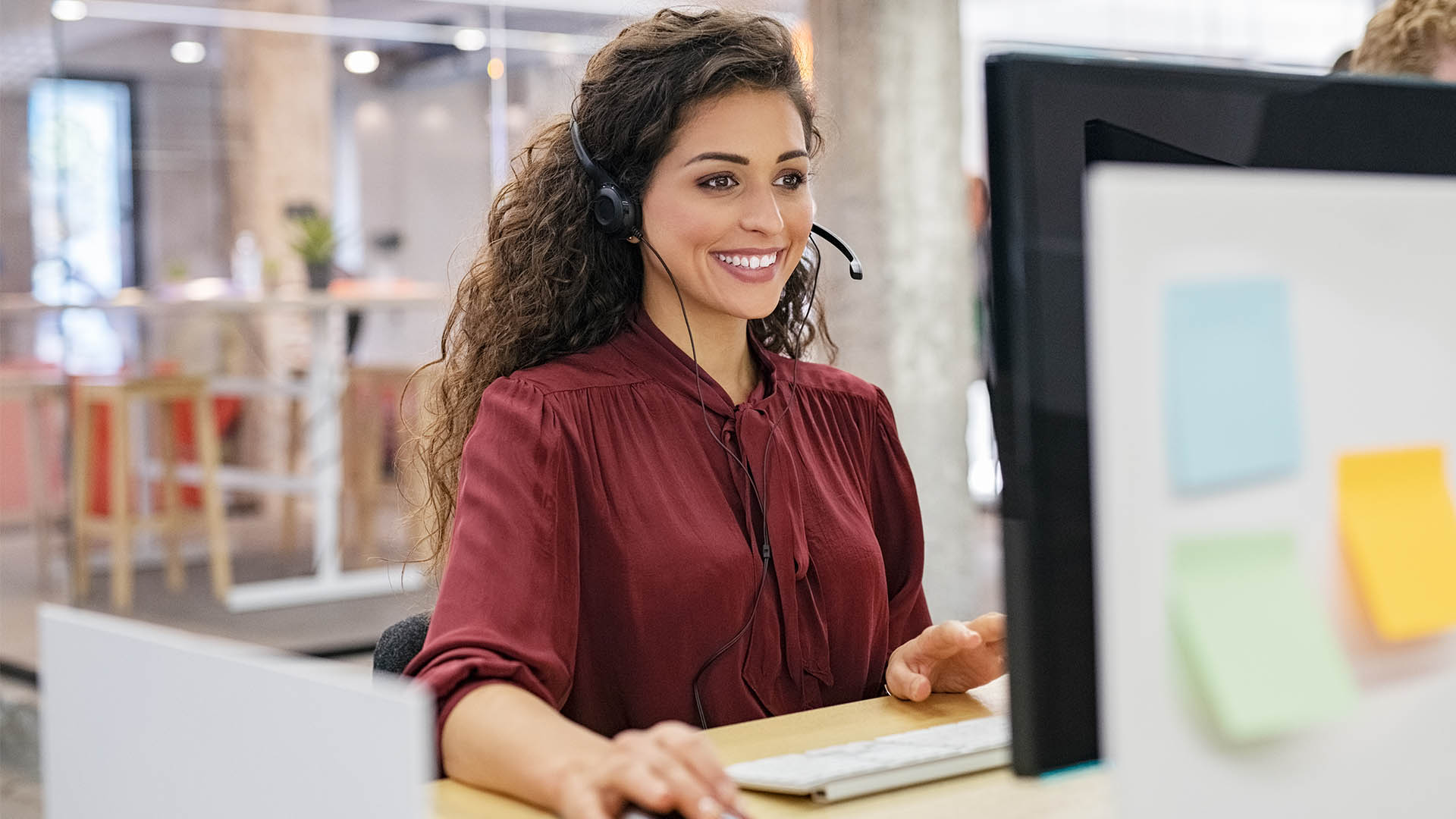 virtual receptionist taking a call for a business