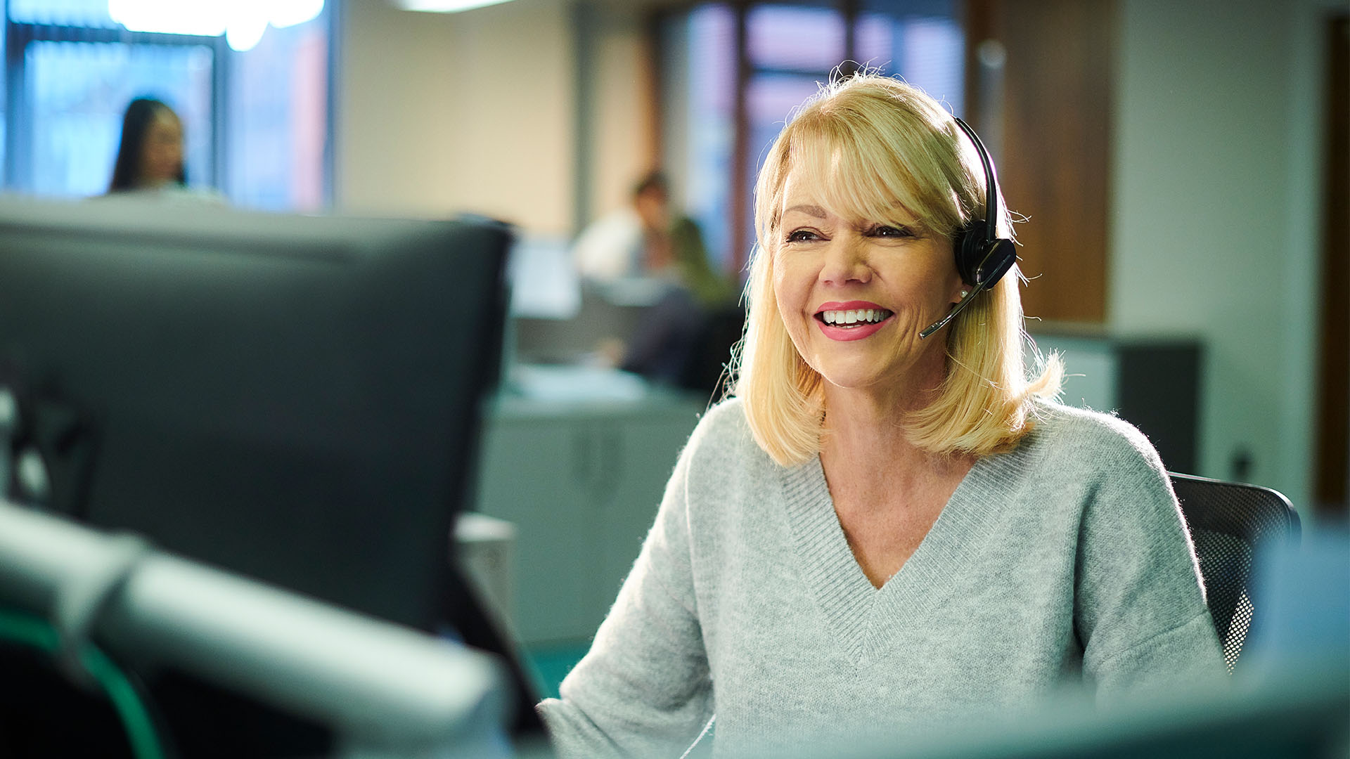 How To Choose an Inbound Call Center Solution