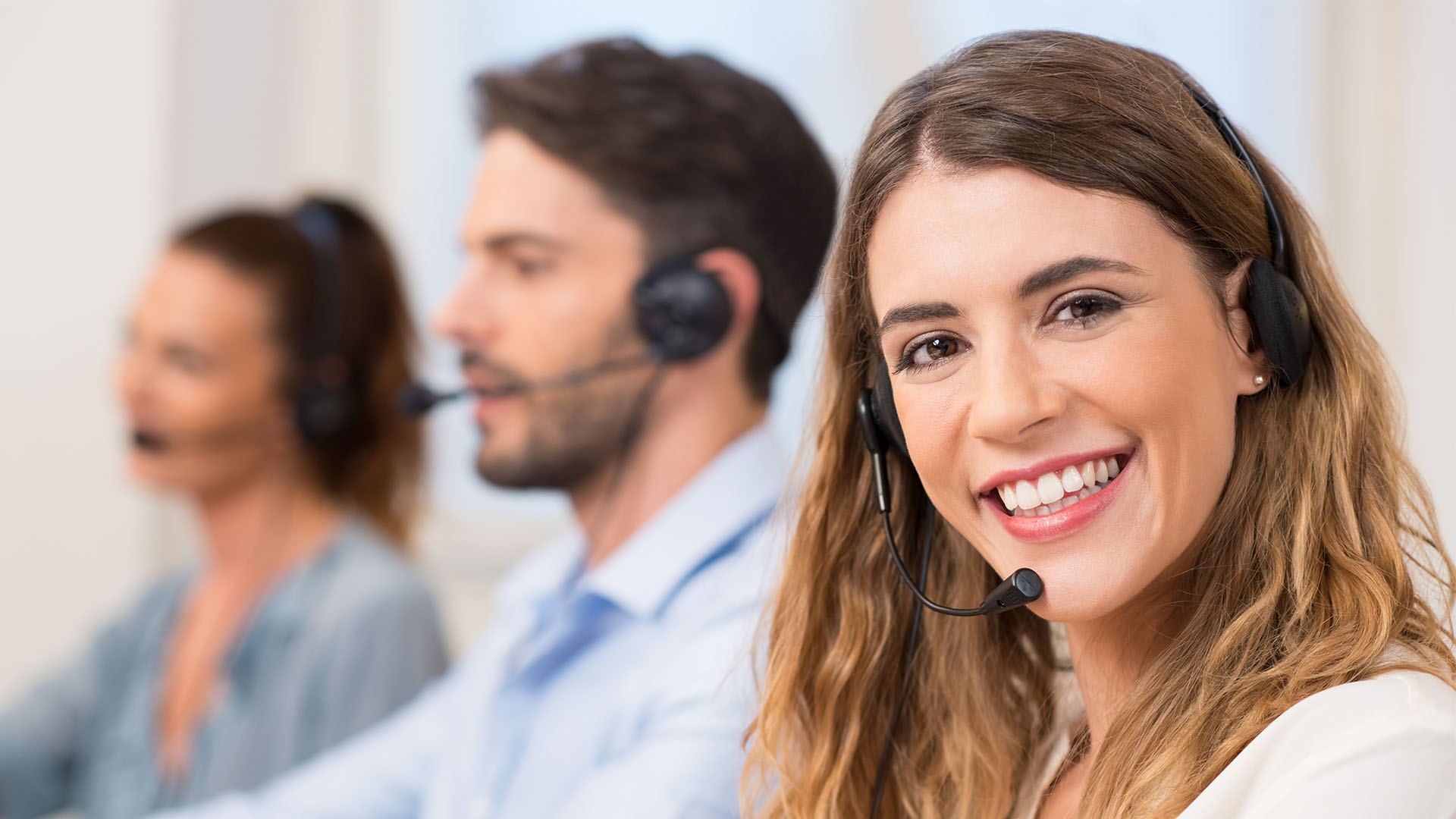 bilingual virtual receptionist